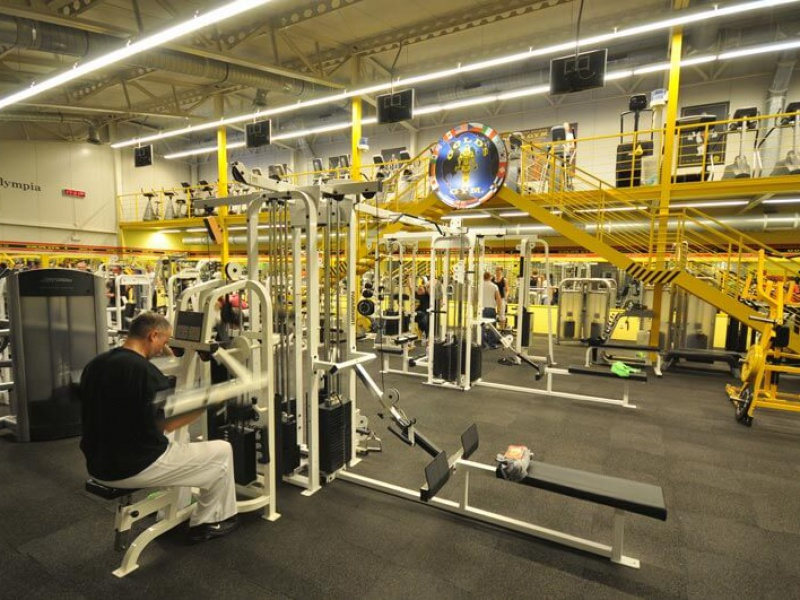 Gold's Gym interier IX